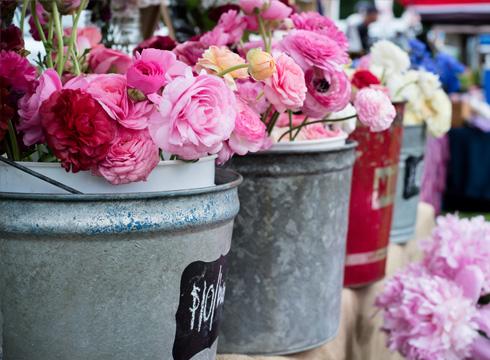 Farmer's Market Flower Binsa